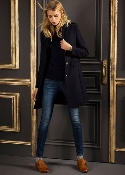 Adoring this casual chic winter look. Very Ralph Lauren-esque.