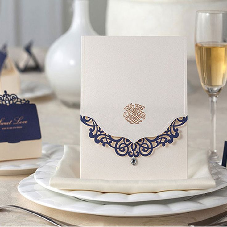 2015 New Wedding Invitations Cards 50sets(card+envelop+seal) Luxury Blue Laser Cut Convite Casamento Engagement Gatefold Invites