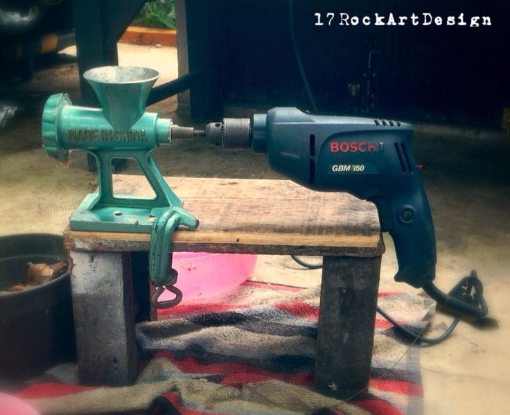 Meat Grinder + Drill = easy #meatgrinder #Drill #modifikasi #iPhoneography #photography #enginering #inovation #17rockartdesign #indonesia