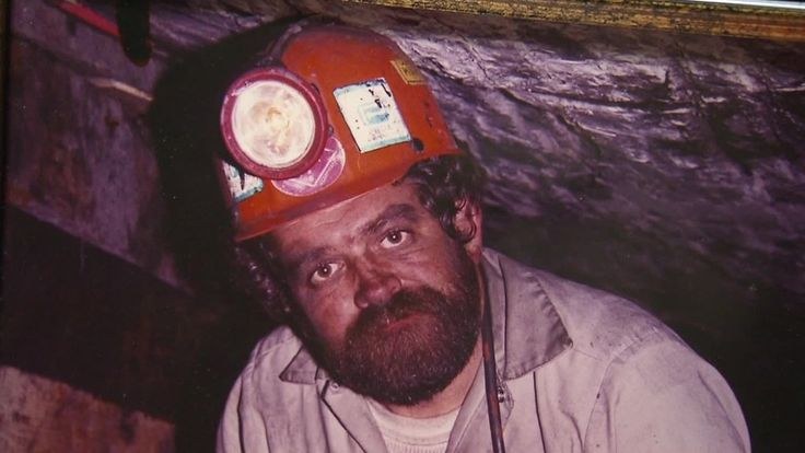 Coal country afraid Trump will repeal black lung benefits with Obamacare. This! You should have educated yourself before you voted for incompetent trump. It's your duty and it's too late! People are going to die if The ACA is repealed.