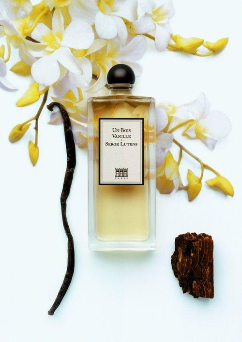 Pretty photo www.lucybcosmetics.com Serge Lutens perfume vanilla and wood - Et puis c'est tout .