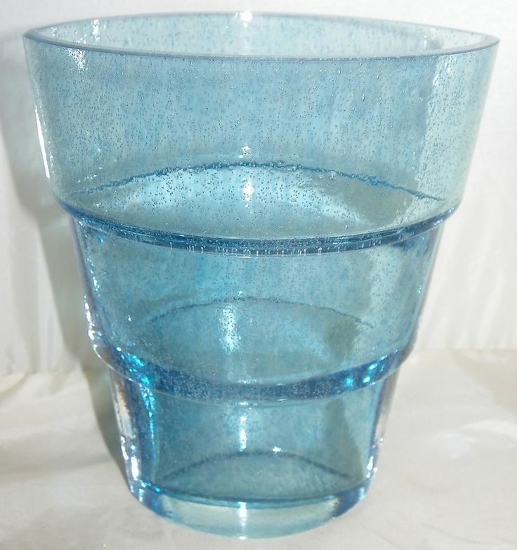KOSTA BODA Blue Art Glass Mezzo Vase by Swedish artist Ann Wåhlström #48756
