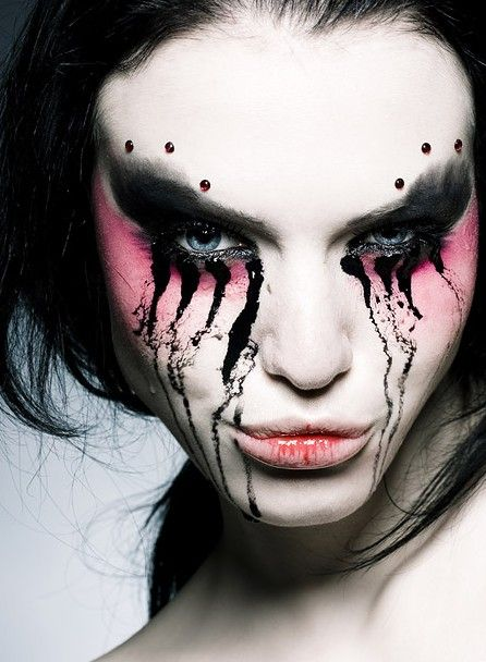 22 best gothic makeup images on Pinterest | Make up, Makeup and ...