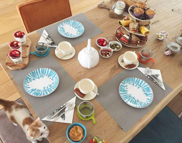 High tea, super gezellig maar organiseren is wel een dingetje. Ik ben gek op etentjes voorbereiden en noem maar op en van de week waren er vriendinnen over de vloer voor een high tea. In deze blog …