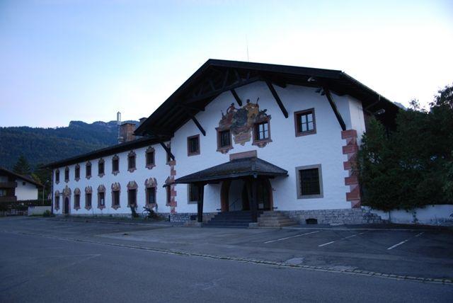 General george patton hotel garmisch germany places for Designhotel garmisch