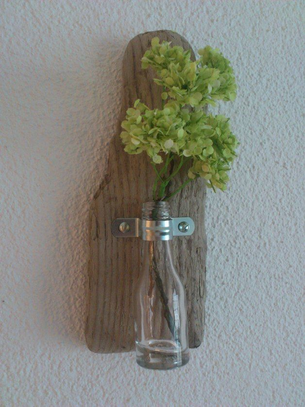 Vasen - ~ Wandvase I - Treibholz ~ - ein Designerstück von nordic-Art bei DaWandaHöhe: 21cm Breite: 8,5cm  19€