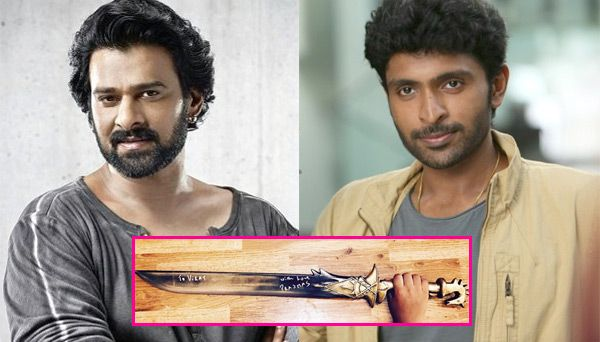 Prabhas gives away his Baahubali sword to Vikram Prabhu's son but waitit's just a replica! - Bollywood Life #757Live