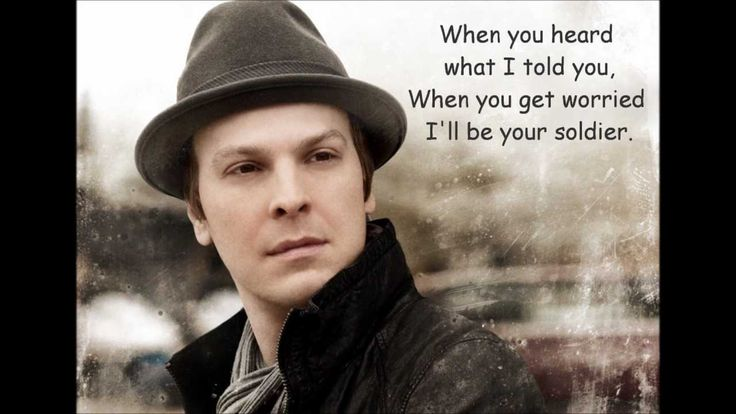 Gavin DeGraw - Soldier  Sooo in love with this song!