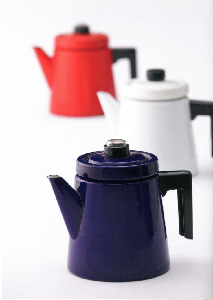 'Pehtoori' enameled coffee pot by Finel, designed by Antti Nurmesniemi, 1957. Made in Finland.