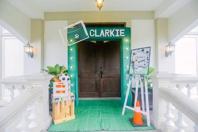 Clarkie S Soccer Themed Party Entrance Kids Party Themes Football Theme Party Party Themes