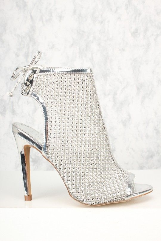 825beede06d Rule the world in these sexy heels. The featuring includes a metallic faux  leather
