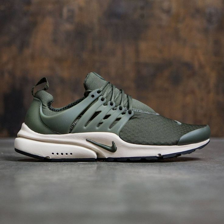 the best attitude 12982 8c127 ... Nike Men Air Presto Essential (cargo khaki cargo khaki-rattan-black) ...