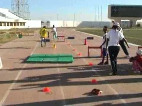 Kids athetics IAAFmonde2 - YouTube
