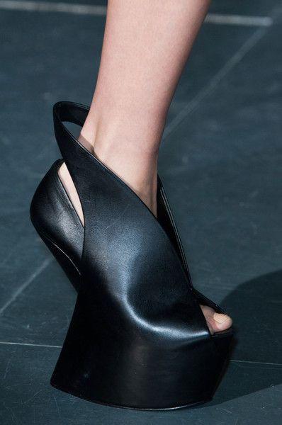 Iris Van Herpen Fall 2014 - Details