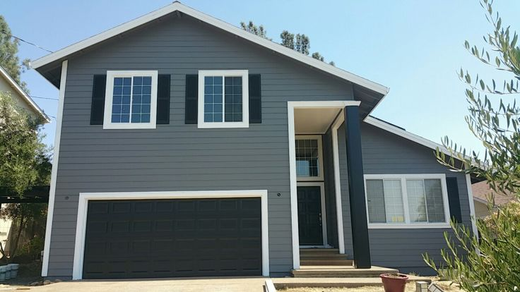 behr paint iron mountain grey ultra pure white carbon on behr exterior house paint photos id=67833