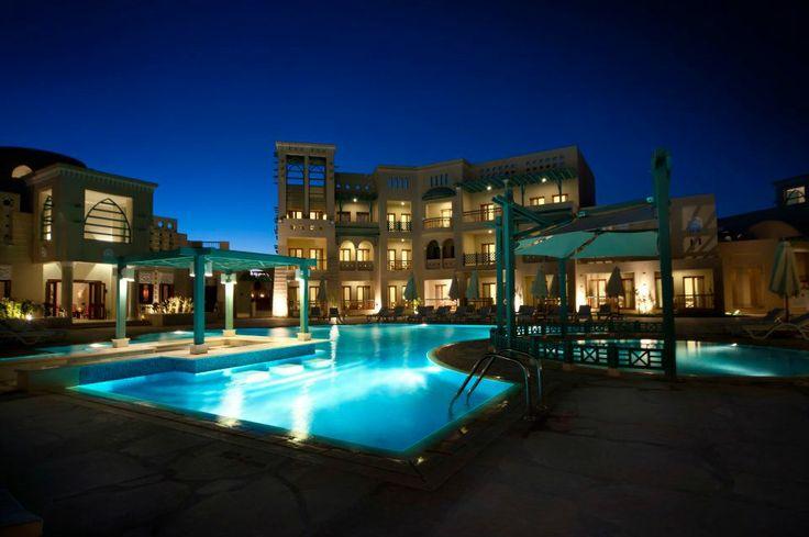 #Mosaique #Gouna #ElGouna #Redsea #hurghada #resort #hotel #room #suite #view #lobby #interiors #decor #vacation #holiday #beach #summer #springbreak #kingsize #travel #trip #pool #nightsky #night #poolside #lights #light #architecture