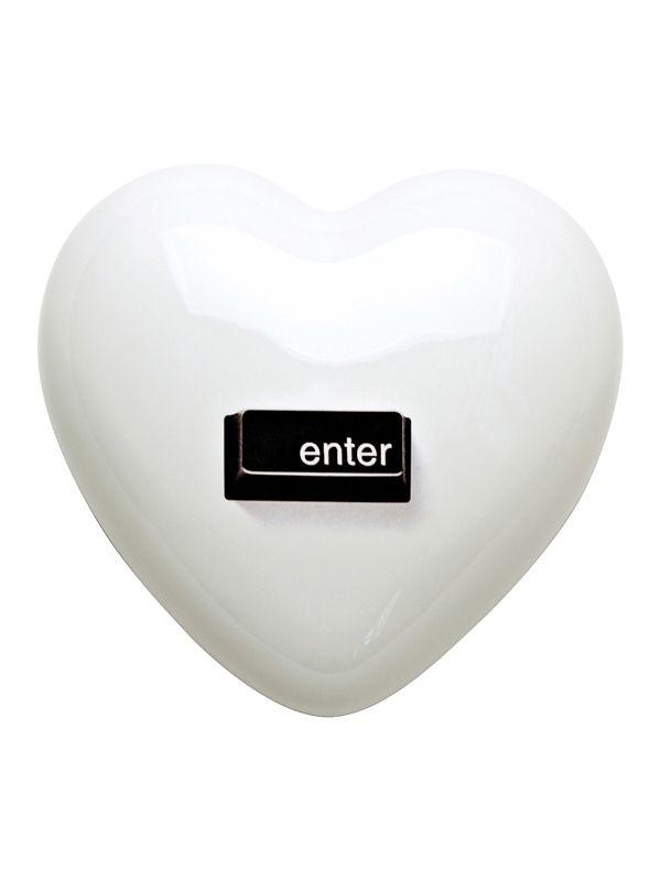 Cuore Enter Creativando | Coquelicot Design Cuore in ceramica, realizzato a mano in Italia. Oggetto di design può essere usato come semplice elemento decorativo, oppure scelto per il suo particolare messaggio.
