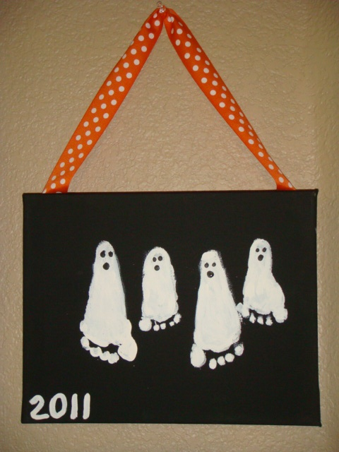 Footprint ghost pictures - future family heirloom, halloween