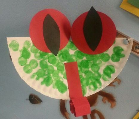 Preschool jungle week snake craft