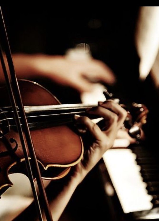 Pin By Isabel Castillo On Masquerade Ball In 2020 Violin Violin Music Classical Music