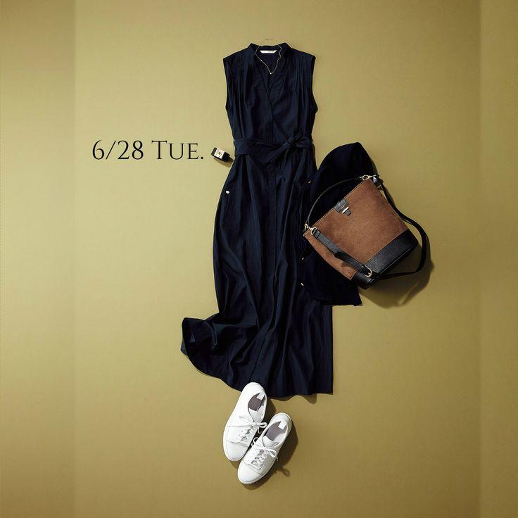 一枚でさらりと知的に着る「美人ワンピ」は慌ただしい朝の味方♡Marisol ONLINE|女っぷり上々!40代をもっとキレイに。