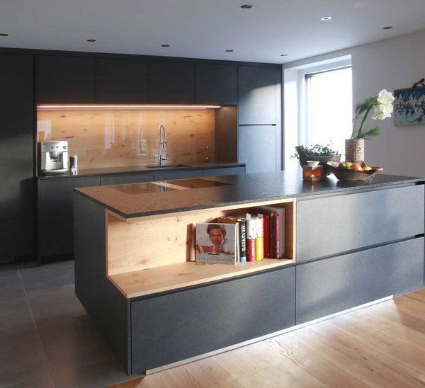 Moderne Küchen bei Gfrerer Küchen in Goldegg, Salzburg