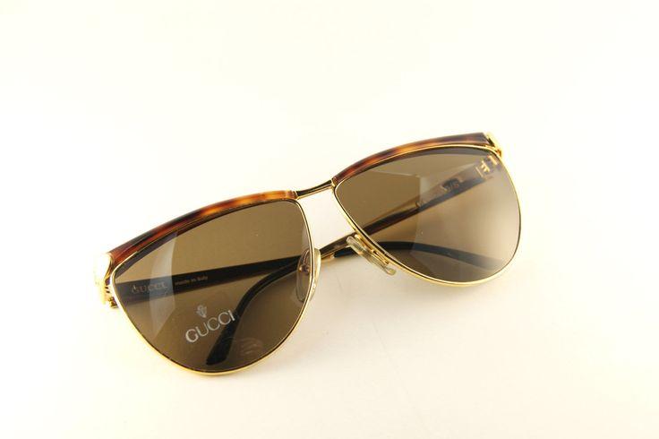 #Gucci #vintage #sunglasses occhiali da sole vintage - Occhiali da sole anni '80 - Occhiali Gucci unisex design di MarinaVintageItaly su #Etsy