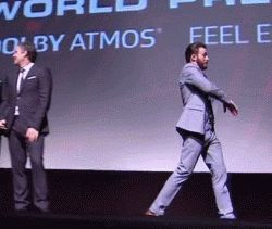"""Scarlett's like """"boys..."""" *rolls eyes* <<< why are they wearing the same suit ?"""