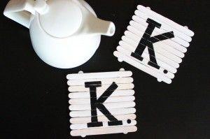 Portavasos con palitos de paleta / Blog de BabyCenter @Carolina Krupinska Krupinska Llinás