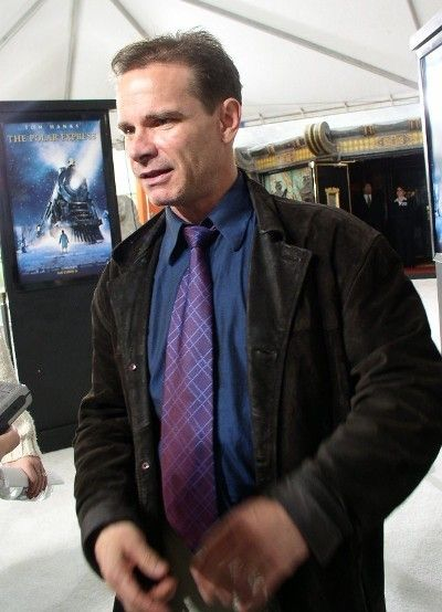 GIRLS Peter Scolari - See photos of the HBO comedy TV show http://www.wildsound-filmmaking-feedback-events.com/girls_tv_show.html