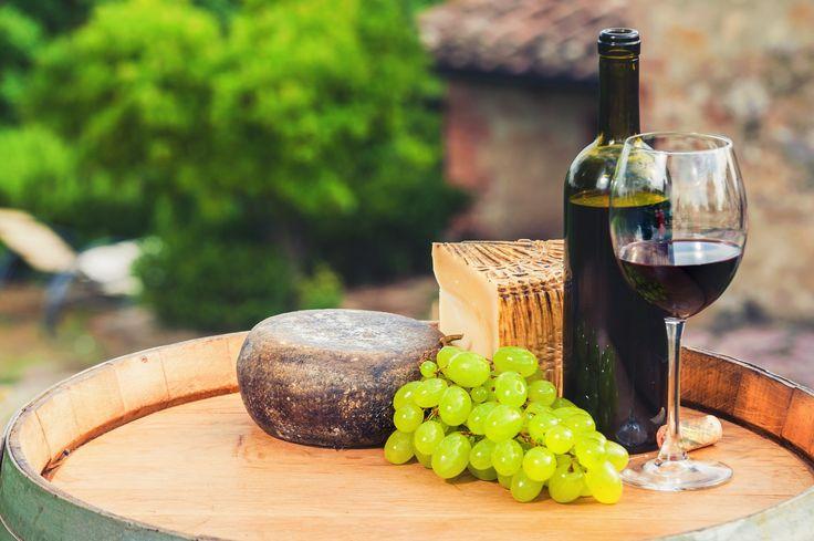La Toscana italiana es tierra de vinos y buena gastronomía. Una visita imprescindible del país.