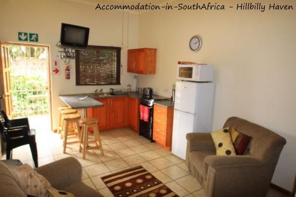 Self-catering accommodation at Hillbilly Haven. http://www.accommodation-in-southafrica.co.za/Limpopo/Tzaneen/HillbillyHaven.aspx