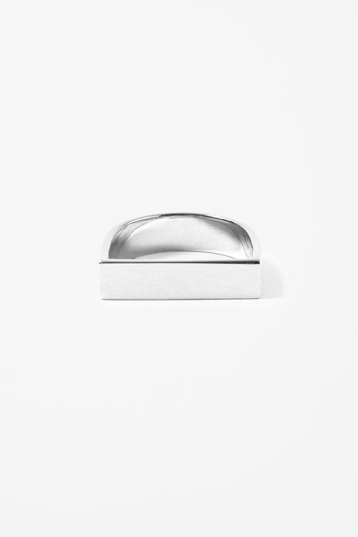 Angular silver ring