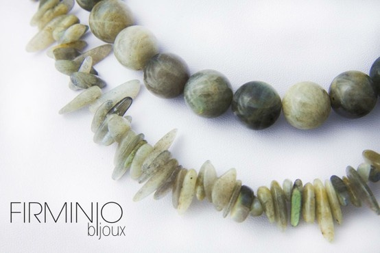 #Girocollo in filo di #perle e #chips giganti in #labradorite, con gancio in #argento - dettaglio. #necklace with #pearls #labradorite #chips and #silver hook. - detail. $162