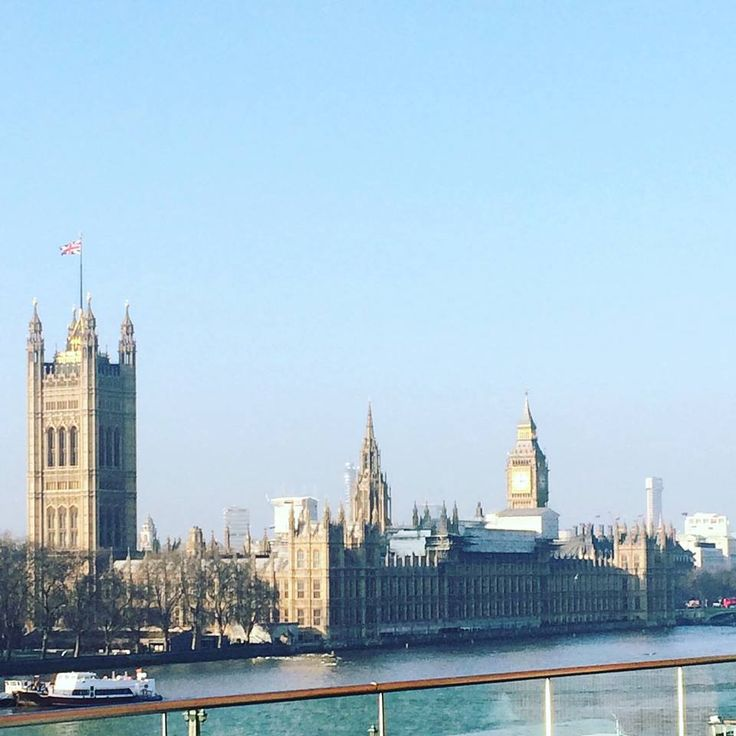 The UK prides itself on our democracy and there have been 800 years of Parliament this week which is significant as it is our General Election today! 🇬🇧 #UK #generalelection #parliament #vote #democracy #London