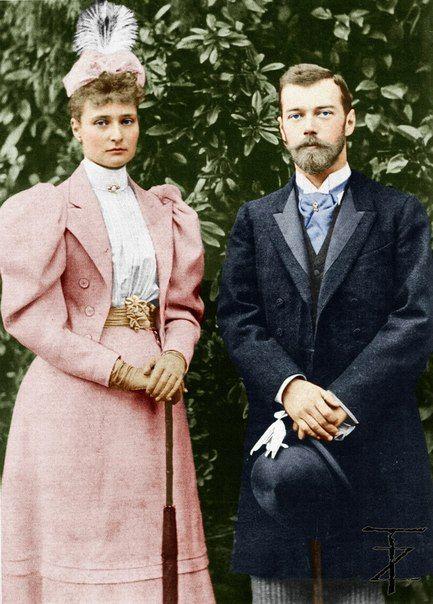 Цесаревич Николай Александрович и его невеста принцесса Алиса Гессенская после помолвки. Кобург, апрель 1894 г.