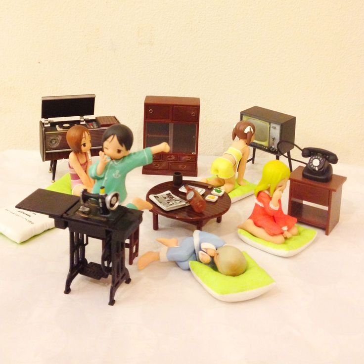 my kid..japan toy shimaro set(5pcs.) 1,250Baht. Re-ment retro furniture set(6pcs.) 1,200