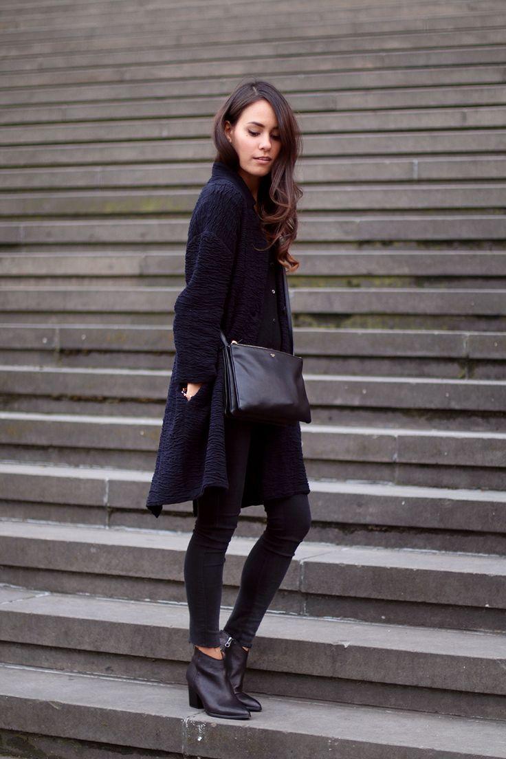Navyblue cardigan, skinny jeans, Céline Trio bag and Filippa K ankle boots - teetharejade.com