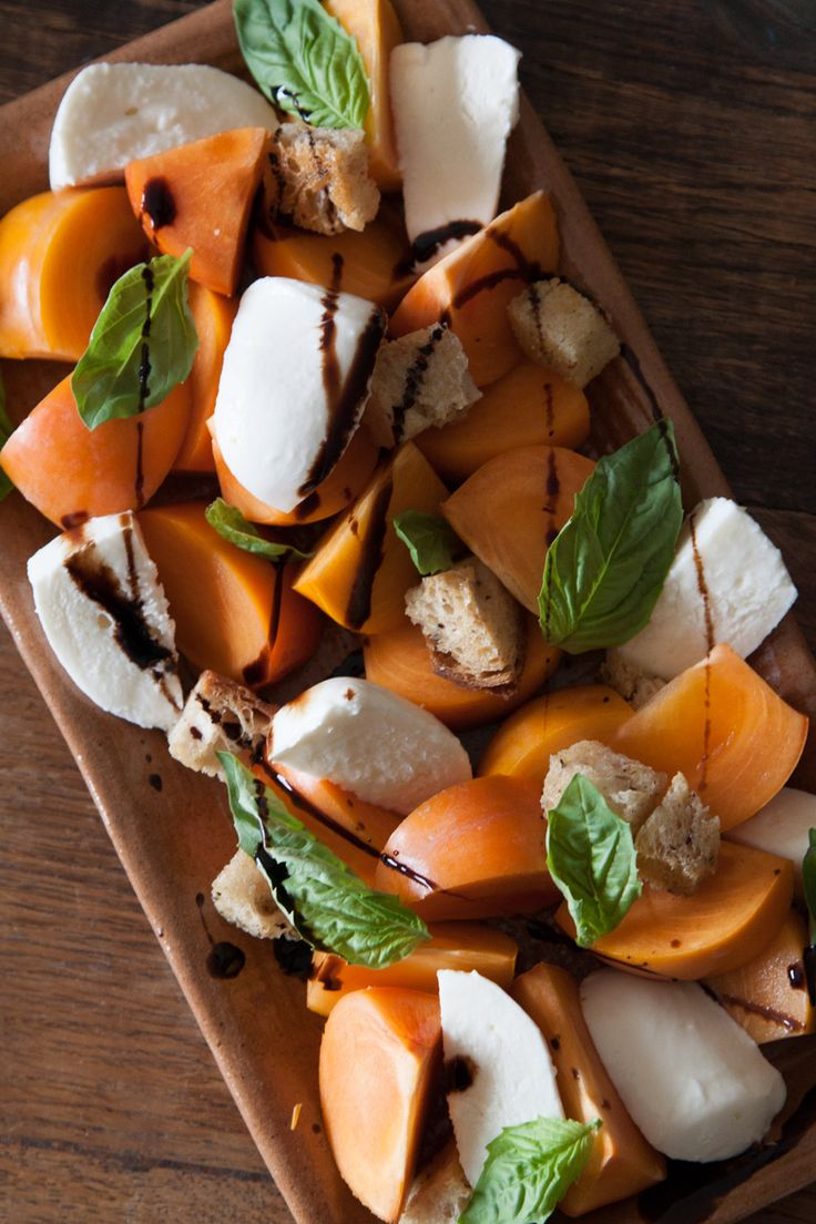 Persimmon Caprese Salad - What's Gaby Cooking: Salad Recipes, Caprese Salad, Capr Salad, Persimmon Caprese, Thanksgiving Recipes, Gabi Cooking, Cooking Recipes, Capr Recipes, Recipes Cooking