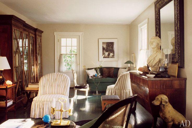 Albert Hadley's stylish Connecticut cottage.