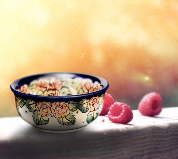 Little adorable bowl. Decoration number DU83