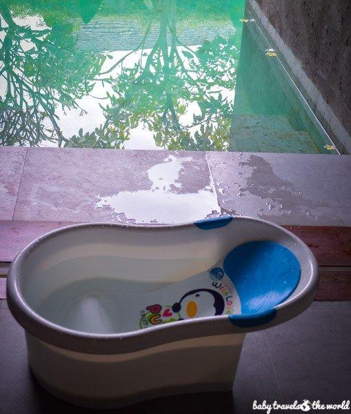 Poolside bath