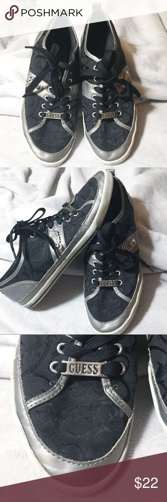 💎 Cute Guess sneakers. Black/Silver Sz 8.5💎 Gently worn Guess Shoes