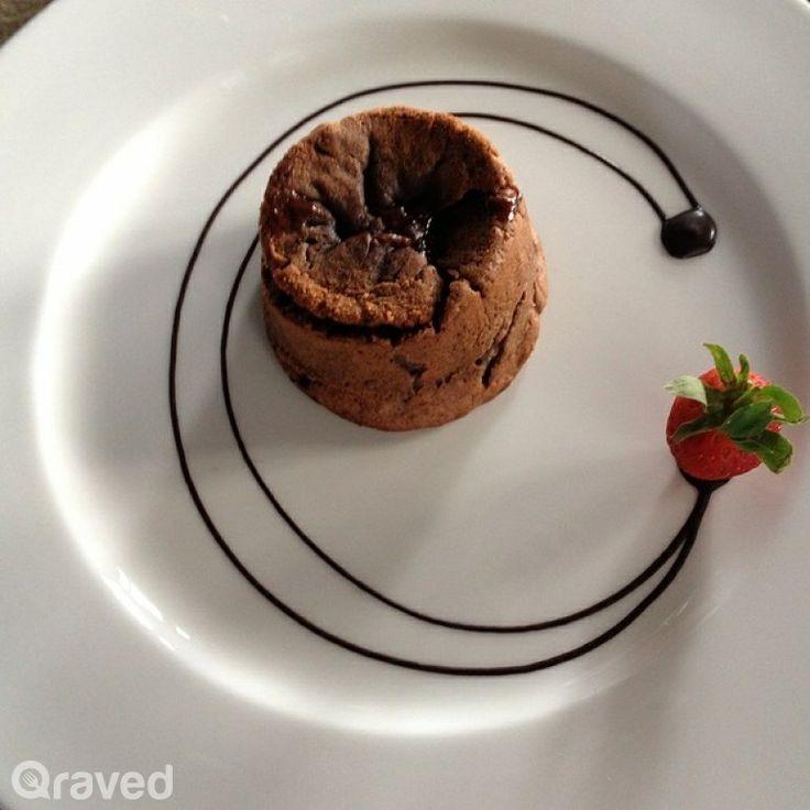 Valrhona chocolate molten peanut butter at FJ on 7