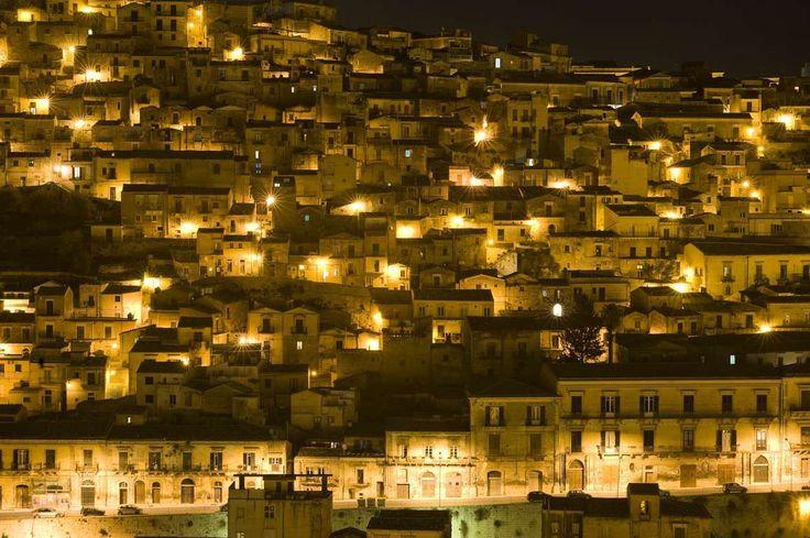 Salemi by night