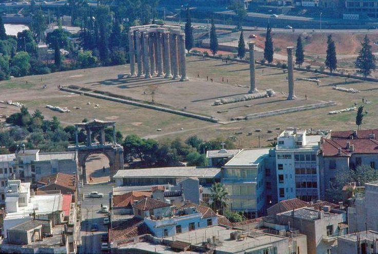 Η Αθήνα του 1960 μέσα από τις εκπληκτικές φωτογραφίες του φωτογράφου Ματ Μπάρετ   διαφορετικό