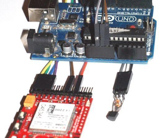 TEMPERATURE SUPERVISOR WITH SMS ALARM SYSTEM using Arduino