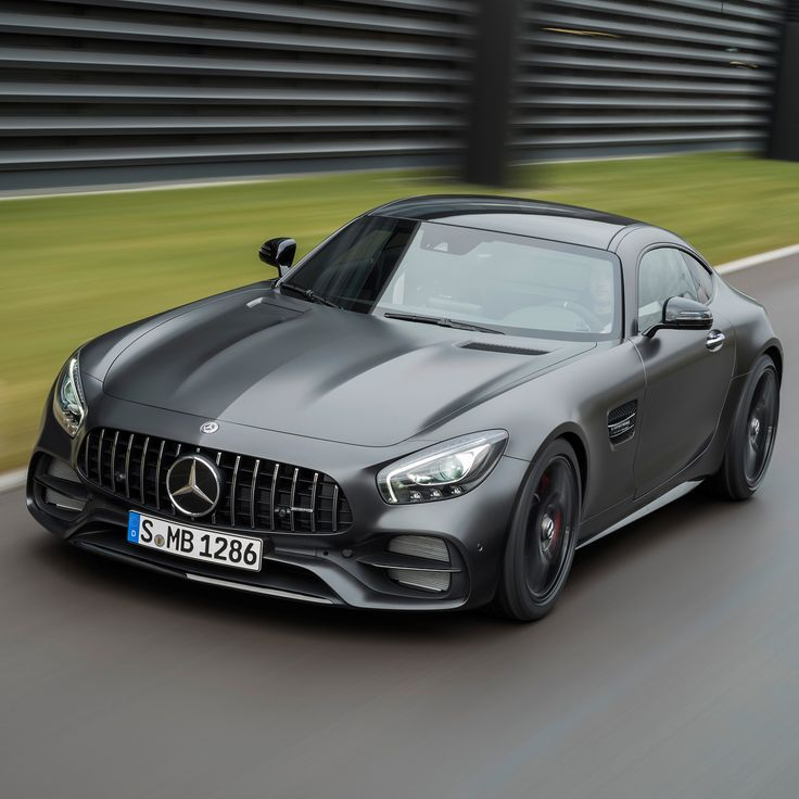 Did you know that rear-axle steering provides the Mercedes-AMG GT R and AMG GT C unmatched agility and stability in any driving situation? At speeds under 100 km/h, the rear wheels turn up to 1.5° in the opposite direction of the front wheels to allow for sharper cornering. At speeds above 100 km/h, they can turn in the same direction as the front wheels up to 0.5° for increased traction and stability. #AMGGTFAMILY  #MercedesAMG #AMGGTFAMILY #GTR #GTC #Mercedes #AMG #AMG🔥…