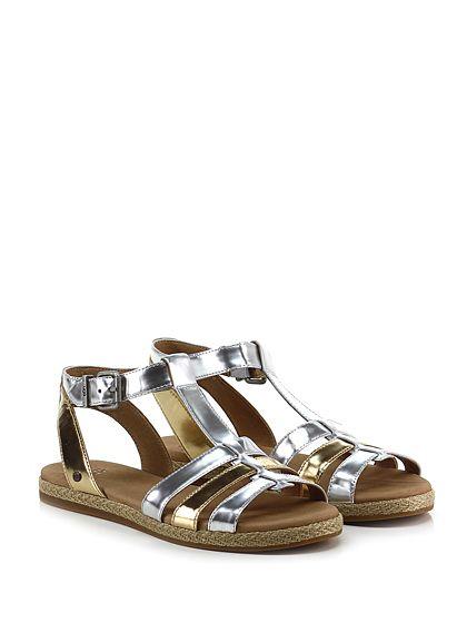 UGG - Sandalo basso - Donna - Sandalo basso in pelle laminata con cinturino alla caviglia e suola in gomma. Tacco 20. - GOLD\SILVER - € 97.00