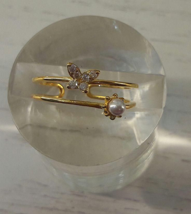 Precioso anillo de Plata con baño de oro de 18K con motivos de perla y mariposa!!! #joyeria #jewelry #plata #bañodeoro #beautiful